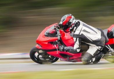 Quanto sono importanti le termocoperte per le moto in pista?