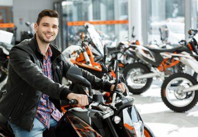 Quale moto comprare come prima moto e quali accessori sono imperdibili